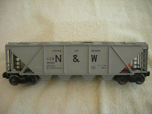 6446 Norfolk & Western Covered Hopper Car Type 1