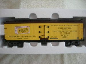 742-8011 McLhaney Creamery Wood Sided Reefer