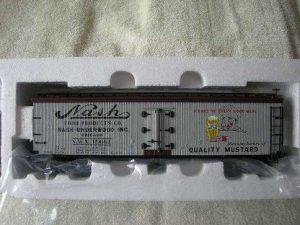 742-8016 Nash Mustard Wood-Sided Reefer