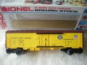 9811 Union Pacific Boxcar