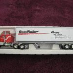 12833 RoadRailer Tractor Trailer