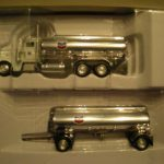 3106327 Peterbilt Chevron Tanker Truck With Chevron Trailer