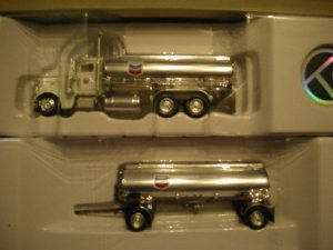 3106327 Peterbilt Chevron Tanker Truck With Chevron Trailer
