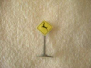 059 Deer Crossing Road Sign