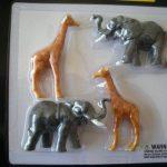 21609 Circus Elephants and Giraffes