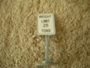 351 Weight Limit 25 Tons Road Sign