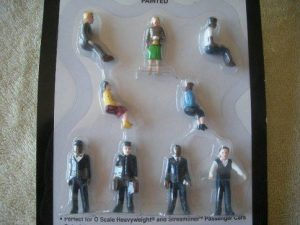 42301 Passenger Car Figures (9 pack)