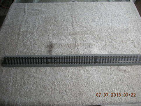49862 S Gauge FasTrack 30in Extra Long Straight Track