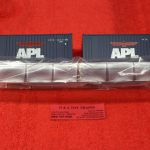 2000007 Atlas O Scale APL 20' containers
