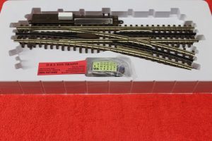 6073 Atlas O scale 3 rail O-72 right hand switch