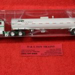 95037 Tonkin 1:87th scale Kenworth Cargill T800 tractor trailer