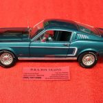 AW1132 Auto World 1:18 scale 1968 Ford Mustang GT 2+2