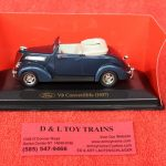 94230bl Yatming 1:43rd scale 1937 Ford V8 convertible car