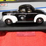 31366 Maisto 1:18th scale 1939 Ford state police deluxe car