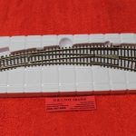 596 Atlas HO scale code 83 right hand curved turnout