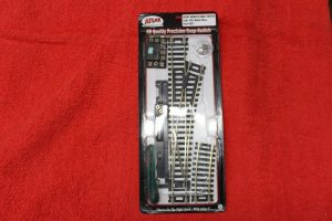 851 Atlas HO scale code 100 remote right hand switch