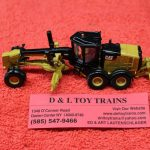 85520 Diecast Masters 1:87th scale Cat 12M3 motor grader