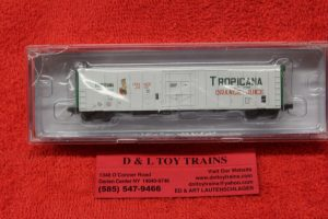 21003 Intermountain N scale Tropicana 57' reefer car