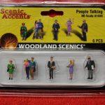 1838 Woodland Scenics HO scale people talking figures
