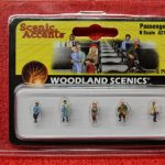 2190 Woodland Scenics N scale Passengers figures