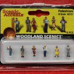2121 Woodland Scenics N scale Pedestrians figures