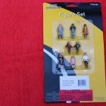 807 OLR O Scale Walking Figures