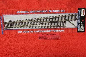 564 Atlas HO scale code 83 #6 right hand turnout