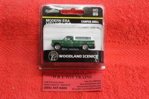 5364 Woodland Sceincs HO scale Modern Era green pickup with cap