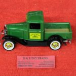 78287 Spec Cast 1:25th scale 1932 Ford John Deere Pickup truck