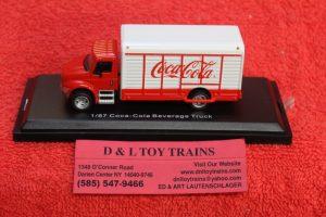 25000032 Atlas HO scale Coca Cola delivery truck
