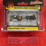 5565 Woodland Scenics HO scale tractor and planter
