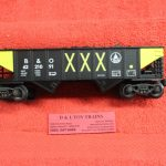 622-1091 K Line O-27 Scale 3 rail Baltimore Ohio 2 bay ribbed hopper car