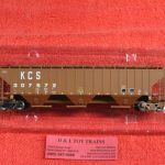 45305 Intermountain HO scale Kansas City Southern rib sided 3 bay hopper car