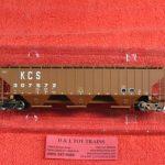 45305 Intermountain HO scale Kansas City Southern rib sided 3 bay hopper car