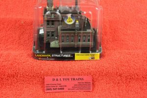 4924 Woodland Scenics N scale Clyde & Dale's barrel factory