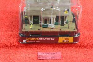 5023 Woodland Scenics HO Scale Dansbury depot