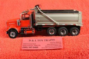 71067 Diecast Masters 1:50th or O scale Western Star 4900 tri axle dump truck