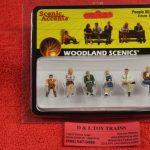 2759 Woodland Scenics O scale people sitting