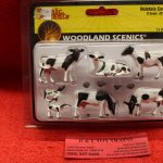 2724 Woodland Scenics O scale Holstein cows figures