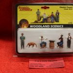 2727 Woodland Scenics O scale Checker players figures