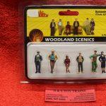 2732 Woodland Scenics O scale Bystander figures