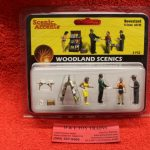 2740 Woodland Scenics O scale News stand figures