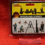 2748 Woodland Scenics O scale Welders and accessories figures
