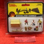 2754 Woodland Scenics O scale Campers figures