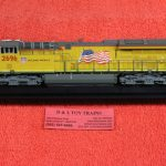497104 Intermountain HO scale Union Pacific ET44AC diesel engine DCC ready