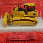 50-3246 First Gear 1:50th scale Komatsu D65PX-17 dozer