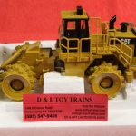 55074 Norscot 1:50th scale Cat 836G landfill compactor