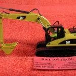 85214 Die Cast Masters 1:50th scale Cat 320D excavator