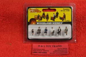 1840 Woodland Scenics HO scale Traveler figures
