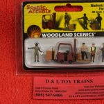 1911 Woodland Scenics HO scale Workers with forklift figures